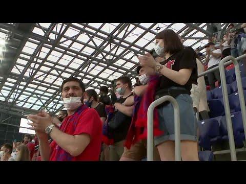Весь 23-й тур Чемпионата России по футболу посвящен тем, кто ведет борьбу с коронавирусом.