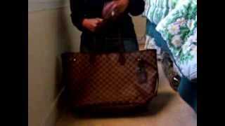 Louis Vuitton Neverfull GM Review and What's in my Bag? Thumbnail
