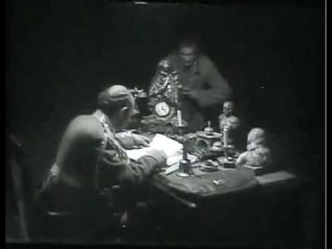 STRIKE (Eisenstein 1925) Snippet 3: Spies in Town. Springintgut DJ set to the silent movie