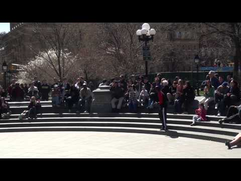 Video#1028 Street Acrobat Twins