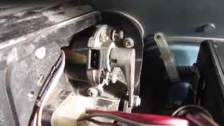 Не греет печка на ВАЗ 2110? Замена моторедуктора заслонки отопителя(, 2015-04-15T11:50:43.000Z)