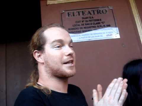 Arien Van Weesenbeek hablando en castellano - MaYan En Argentina [24/11/11]