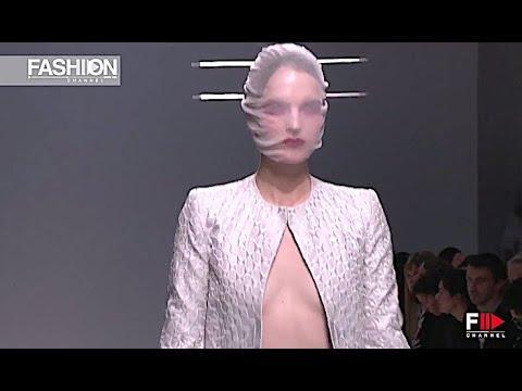 GARETH PUGH Spring Summer 2013 Paris - Fashion Channel