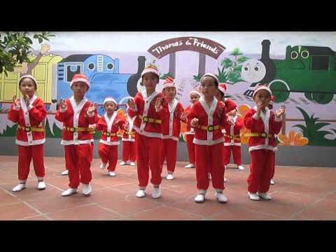 Múa Jingle bell Trường mầm non Thomas