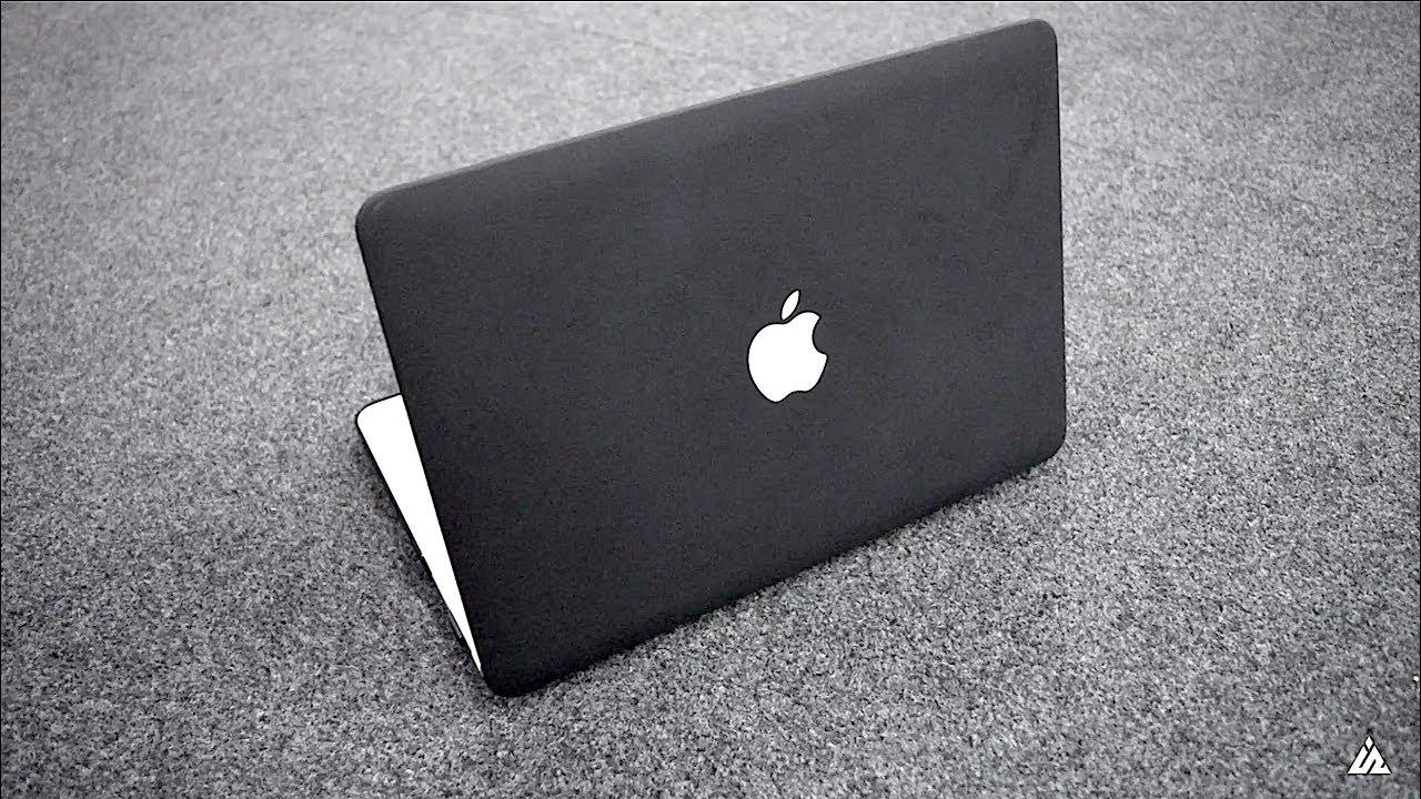 BLVCK MacBook Case