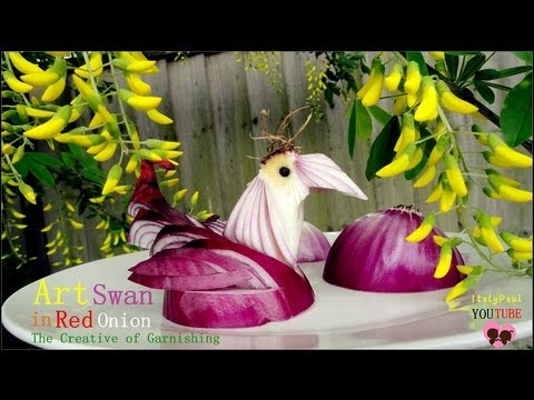 Art In Red Onion Swan ...