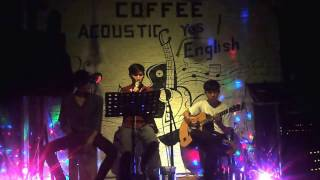 Cạm Bẫy cover by Mr Wilson Wong at Yes English & Acoustic Coffee (2017/02/18)