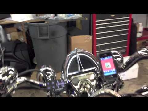 Harley Davidson Road King Kicker radio, controls, iPhone dock, and Rockford Fosgate speakers