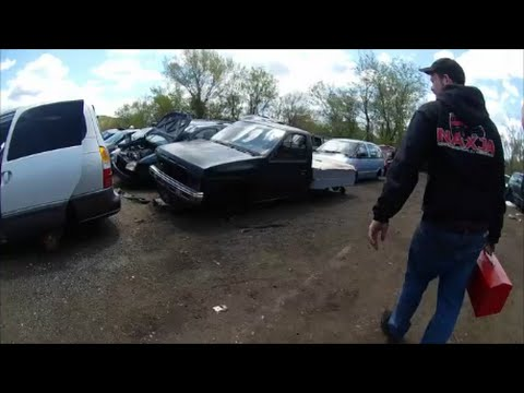 A trip to the junk yard for jeep parts