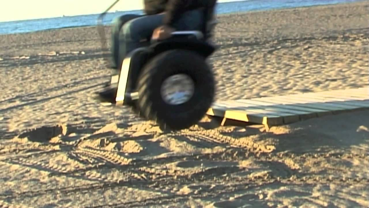 画像: Paolo Badano Genny mobility sedia a rotelle in spiaggia Barcellona segway wheelchair youtu.be