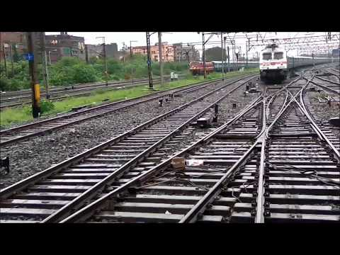 COALFIELD EXPRESS CHANGING TRACK | PARALLEL ARRIVING TO HOWRAH RAILWAY STATION