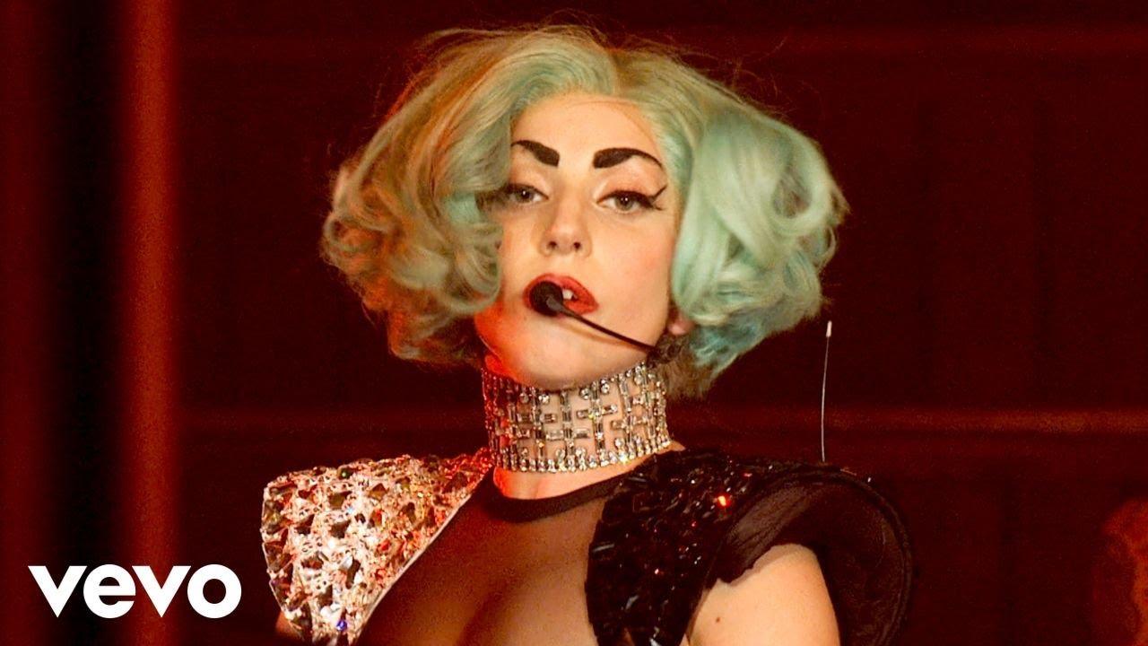 Lady Gaga - Bad Romance (Gaga Live Sydney Monster Hall ...