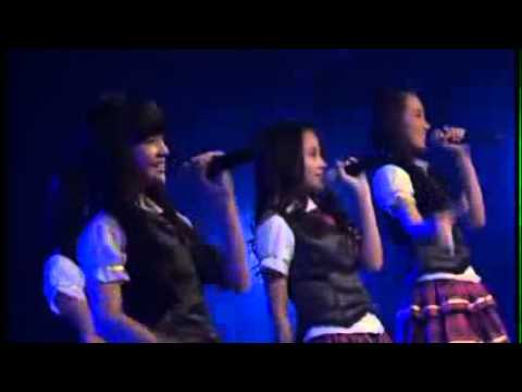 JKT48   Dreamin' Girls