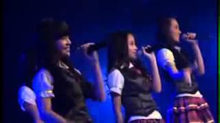 JKT48   Dreamin' Girls