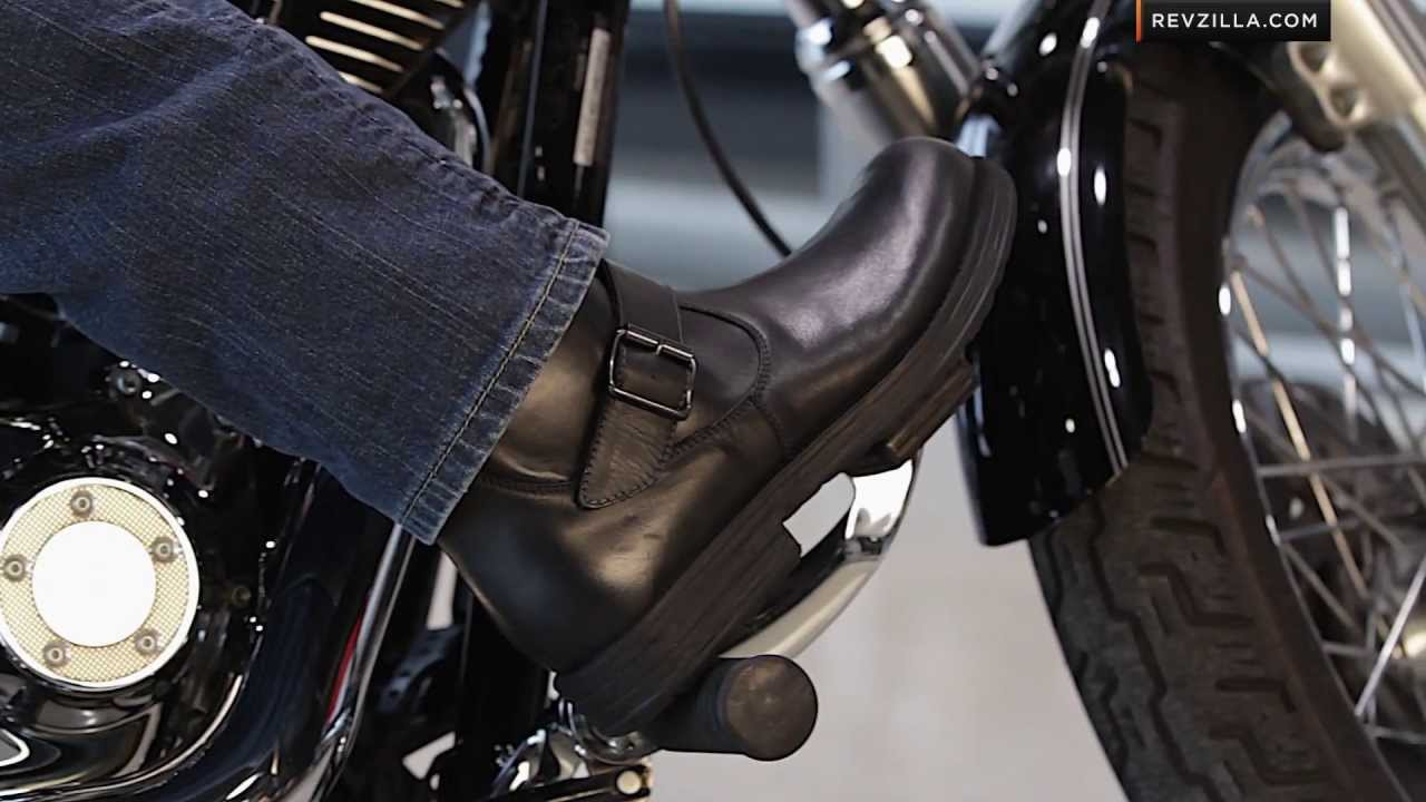 2013 V-Twin & Cruiser Motorcycle Boots Buying Guide at RevZilla ...