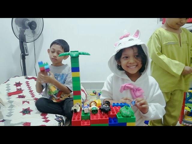 Building Car House with Faqeh, Hana and Faheem / Jom Main Lego!