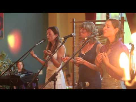 Winds of the West ~ Ayla Nereo & MaMuse at the Dhyana Center