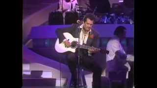 Wayne Newton & The Don Vincent Orchestra - Spanish Eyes {Live From The LV Hilton - 5/23/1989}