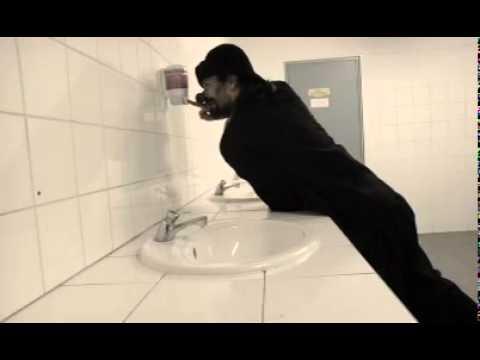 Rouscaillou s'en lave les mains