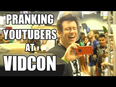 Pranking YouTubers At VidCon! (PublicPrank)