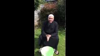 Sh Abu Eesa takes up the ALS challenge!