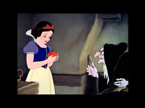 Blancanieves. Secuencia de la manzana subtitulada. Español lengua extranjera.
