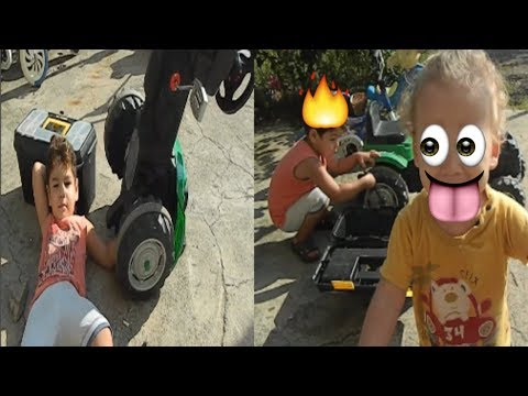 Playing with Repair Car Toys Nursery Rhymes  / Toys Johny Johny Yes Papa Songs