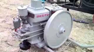 moteur deutz.avi
