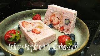 Thermomix® TM5   Erdbeer-Parfait mit Rhabarber-Swirl