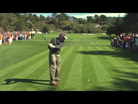 Clint Eastwood's slo-mo swing is analyzed at AT&T Pebble Beach