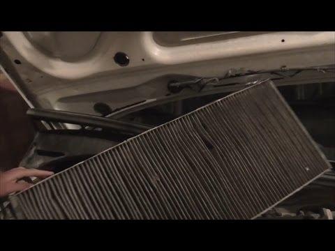 Как заменить салонный фильтр. Пример Audi 80 PitStopMD