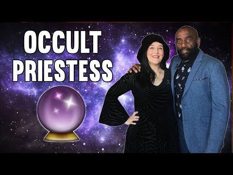 Professional Psychic & Occult Priestess Joins Jesse! (#158)