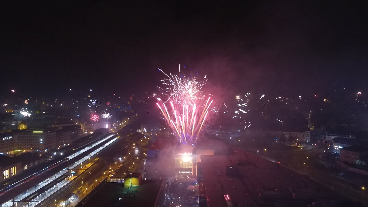 Silvester 2016/2017 Bielefeld Cinemaxx [Phantom 3] - YouTube
