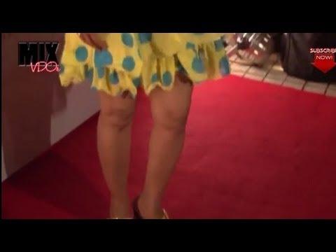 Sexy Shibani Kashyap in Short Dress thumbnail