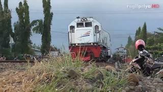 Kompilasi Kereta Api Ekonomi Serayu Bengawan Jaka Tingkir Keluar Masuk Stasiun Purwokerto
