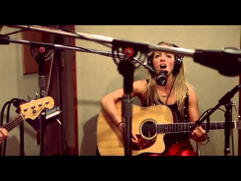 Catch Wild - Sylvia (Acoustic) - Live at the Cutting Room NYC