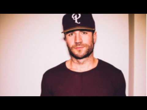 "Sam Hunt on his new single ""Body Like a Back Road"""