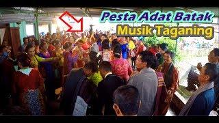 Pengantin Dikerubuni Para Tamu 😁 - Maumere Dance | Pesta Pernikahan Batak di Sidamanik