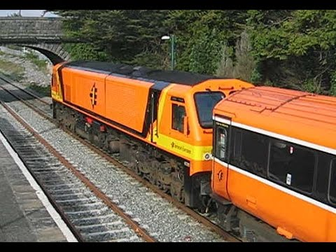 Ireland: Athenry, Iarnród Éireann / Irish Rail Class 201 diesel departs on a Galway to Dublin train