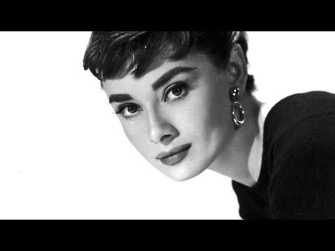 Audrey Hepburn -