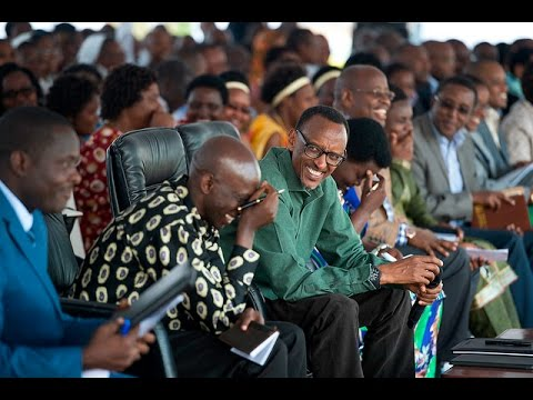 President Kagame addresses thousands of residents gathered in Nyamasheke District