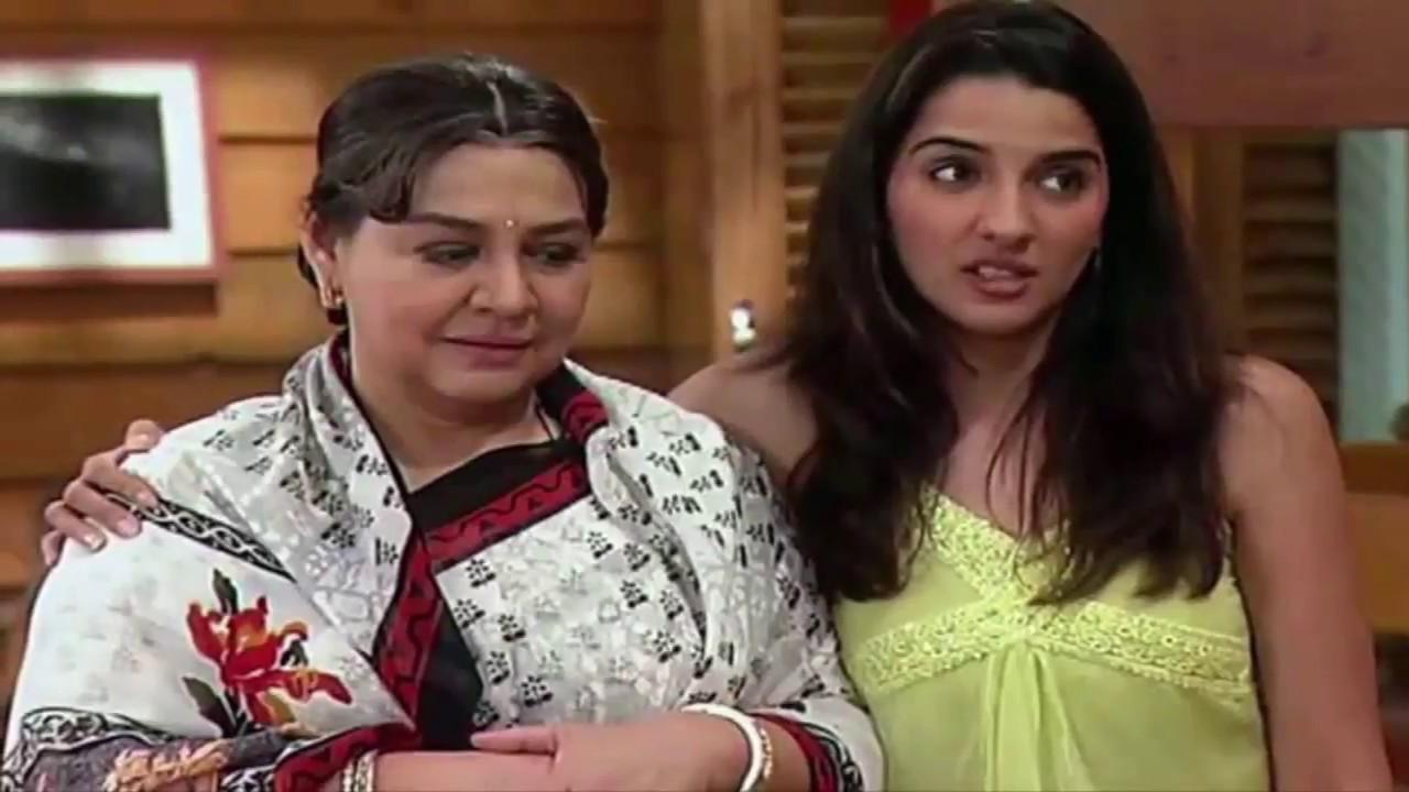 Actress Farida Jalal F...