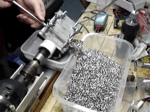 Saw Cutting Jump Rings Using A Ringinator Prototype Youtube