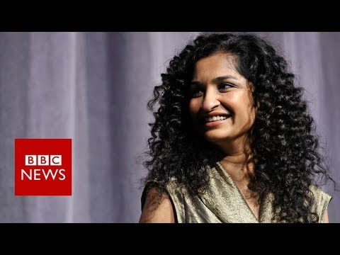 What it's like being a female director in Bollywood - BBC News