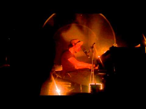 Patrick Watson (The Cinematic Orchestra) - To build a home