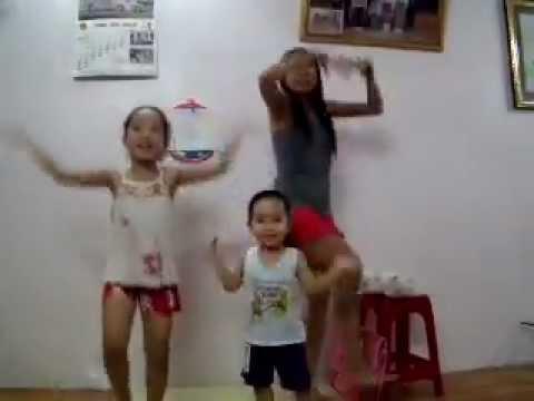 [Show Gia đình yêu thương] - Đội kèn tí hon - 3 dì cháu :))