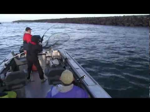 Tillamook Bay Salmon Fishing with guide, Lance Fisher- October 2011 .mp4