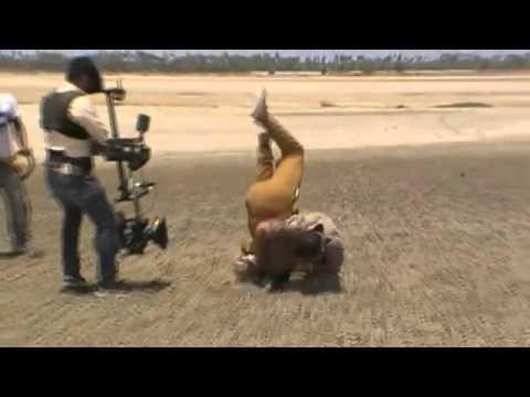 Making of Mankatha Fight - - Ajith- Mankatha Video- Trisha.flv