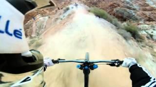Экстремальный стиль  езды на велосипеде(экстрим, езда на велосипедах, интересное видео в Москве, спуск с горы,улетное видео, видео дня, велосипед..., 2015-02-27T18:44:36.000Z)