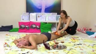 Массаж апельсинами. 5 массажных практик